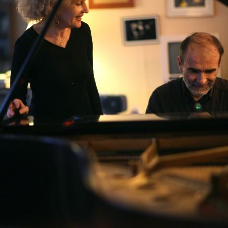 Talila avec Teddy au piano
